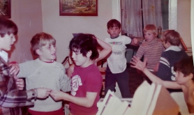 Ronnie,Tommy, Gibby, Tony, Tommy, unrecognized, Randy at VSM house
